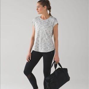 LULULEMON Lost in Pace SS Tiger Space Dye Shirt 8
